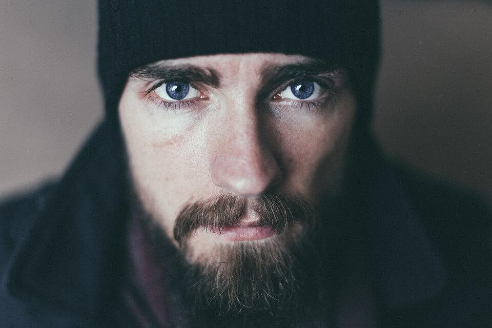 je baard sneller laten groeien? zo doe je dat! - debaard.nl