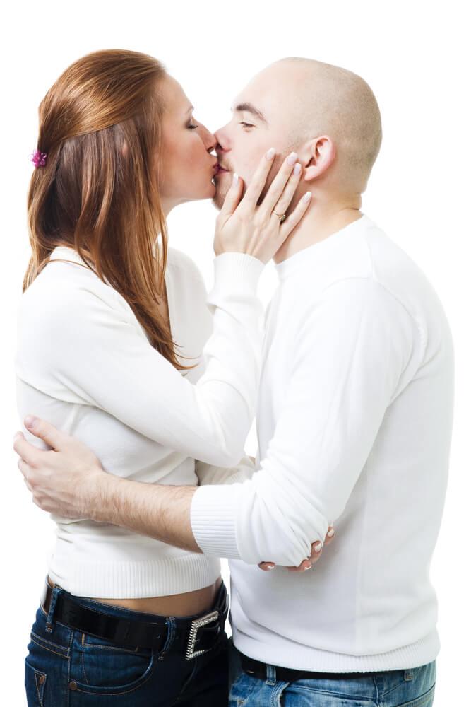 всех плохих фото поцелуй с лысым мужчиной вкус