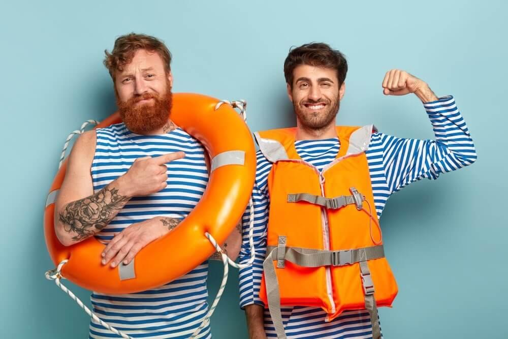 Wanneer is bij het varen een reddingsvest verplicht en hoe gebruik je ze
